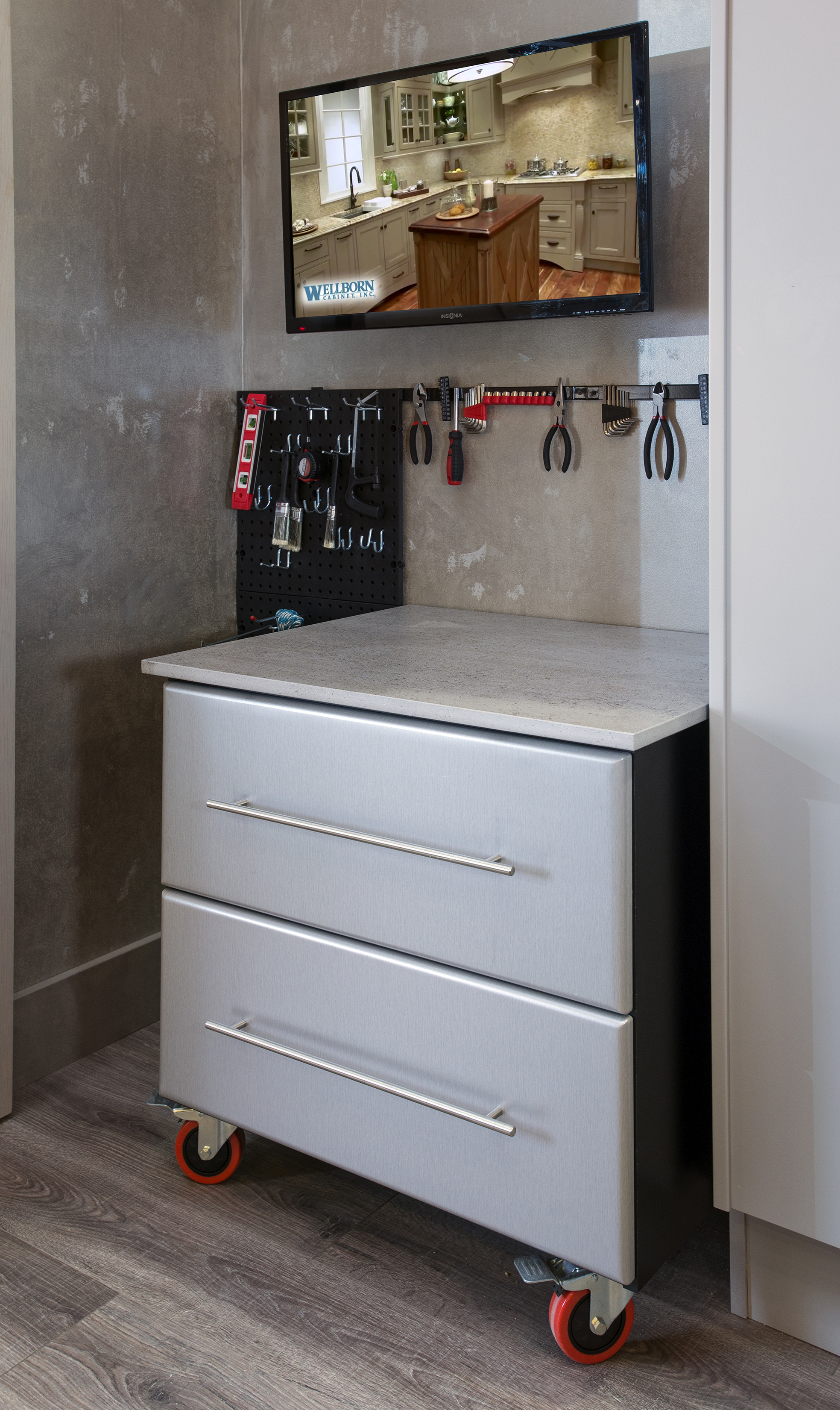 Make a Great Escape with a Specialty Room for You | Wellborn Cabinet ...