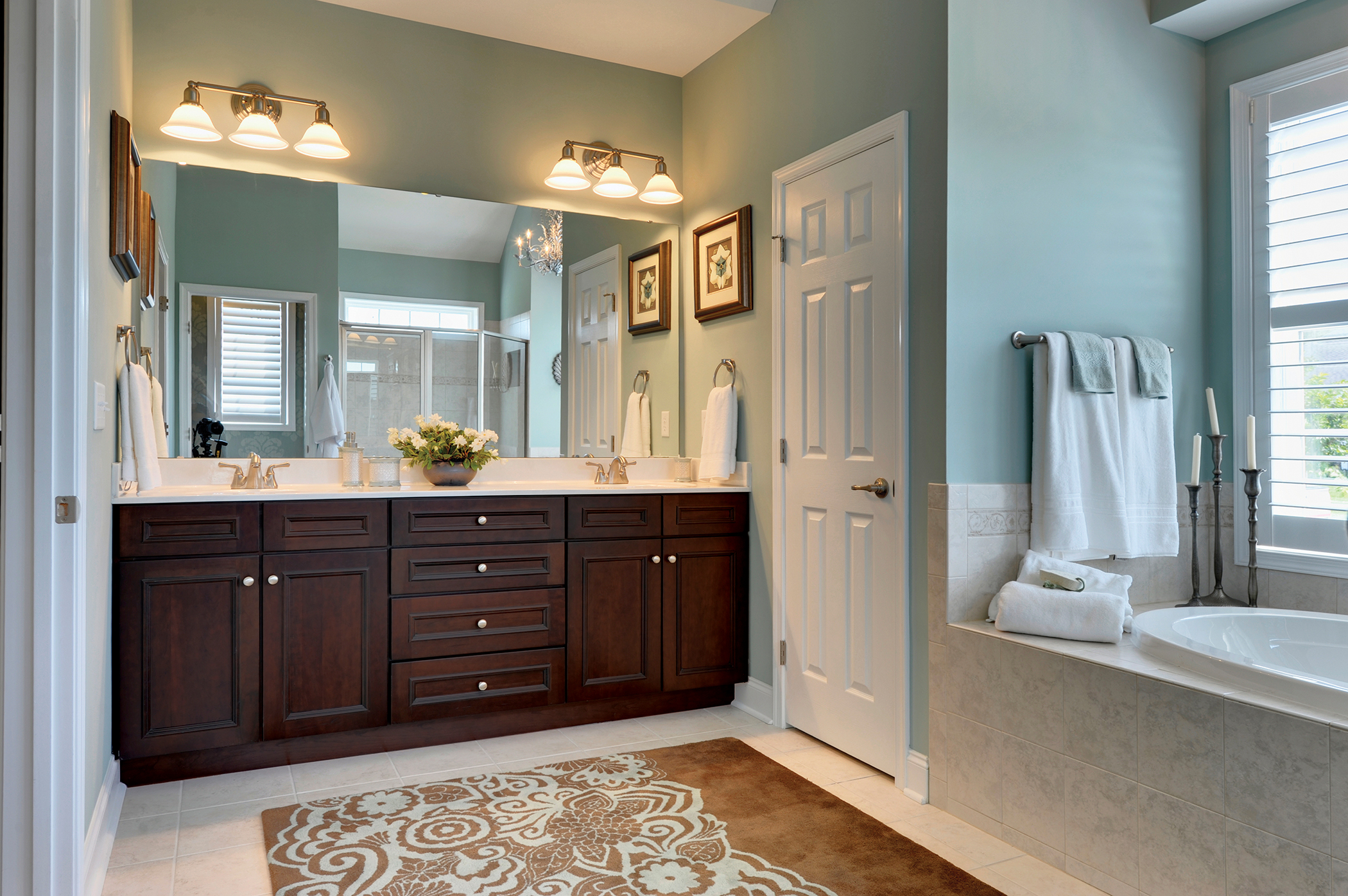 6 Things You Need To Replace In Order To Renovate Your Bathroom