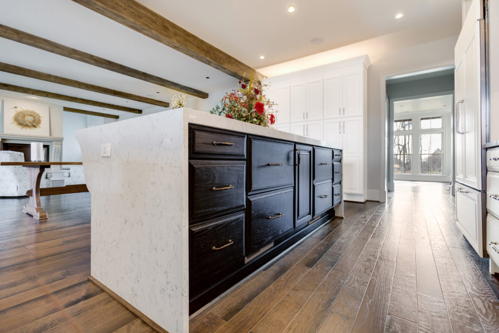 maple and oak white cabinetry used in kitchen design contest